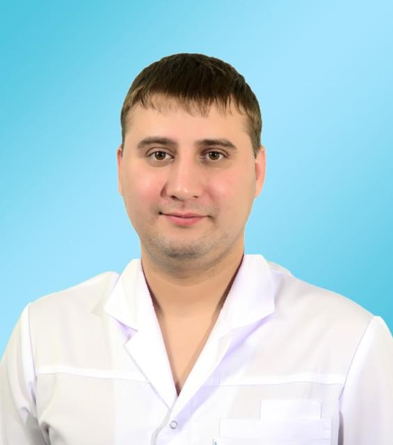 Бадин Сергей Владимирович – Врач-стоматолог